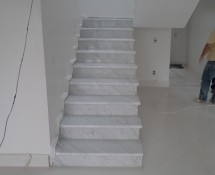 Escadas CARRARA C